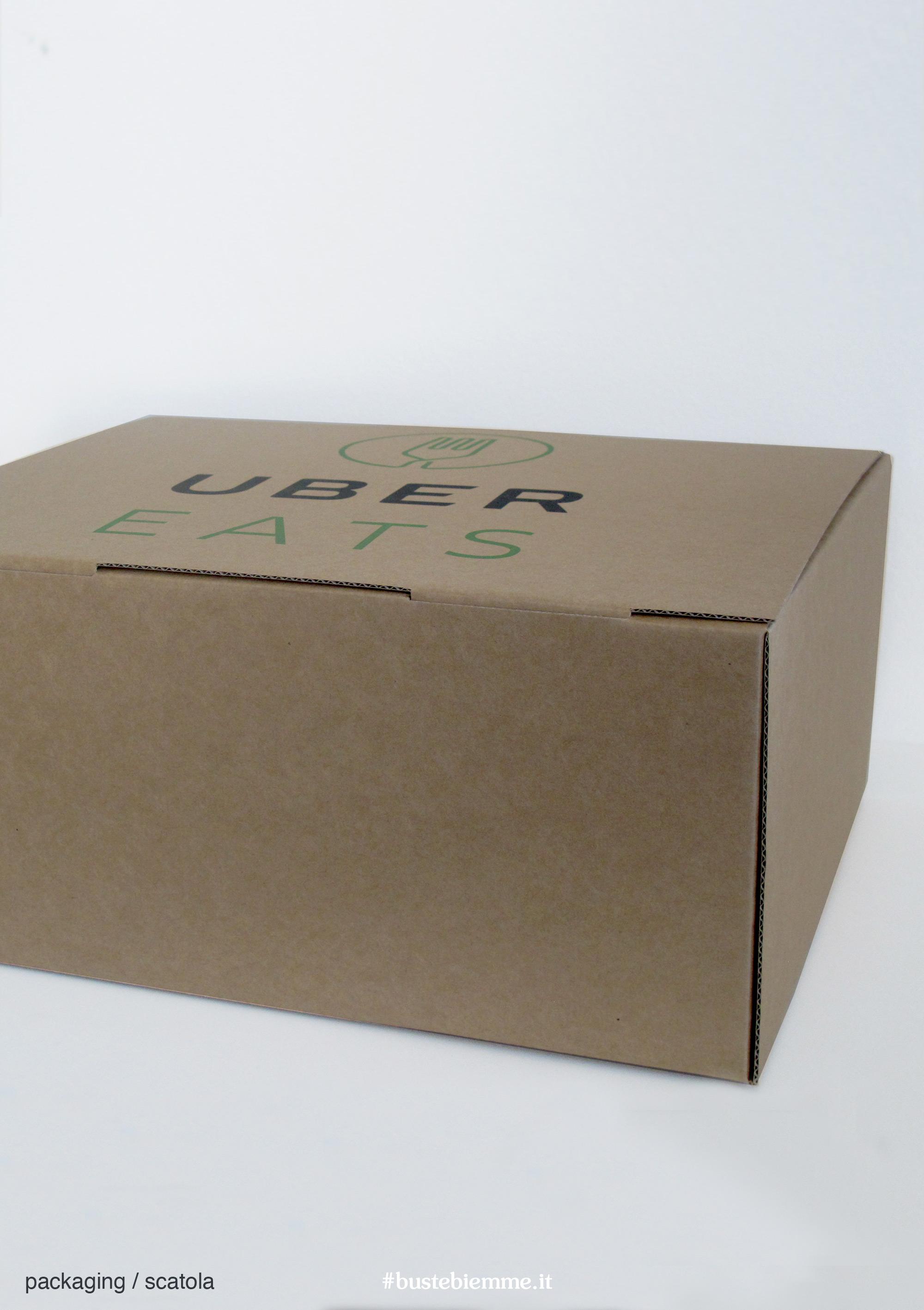 scatola automontante in cartoncino teso personalizzata con chiusura a libro