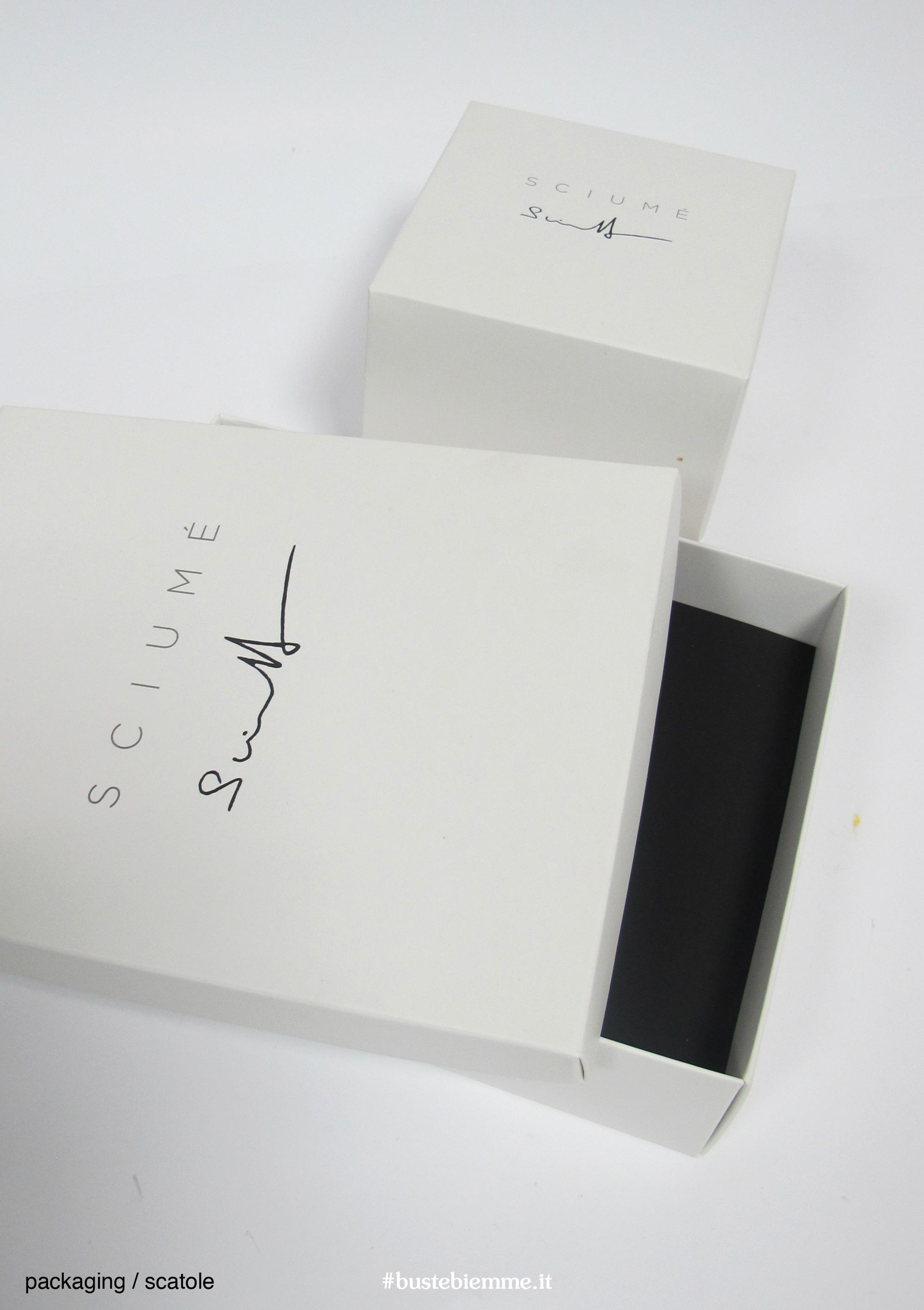 scatola rivestita con coperchio personalizzata