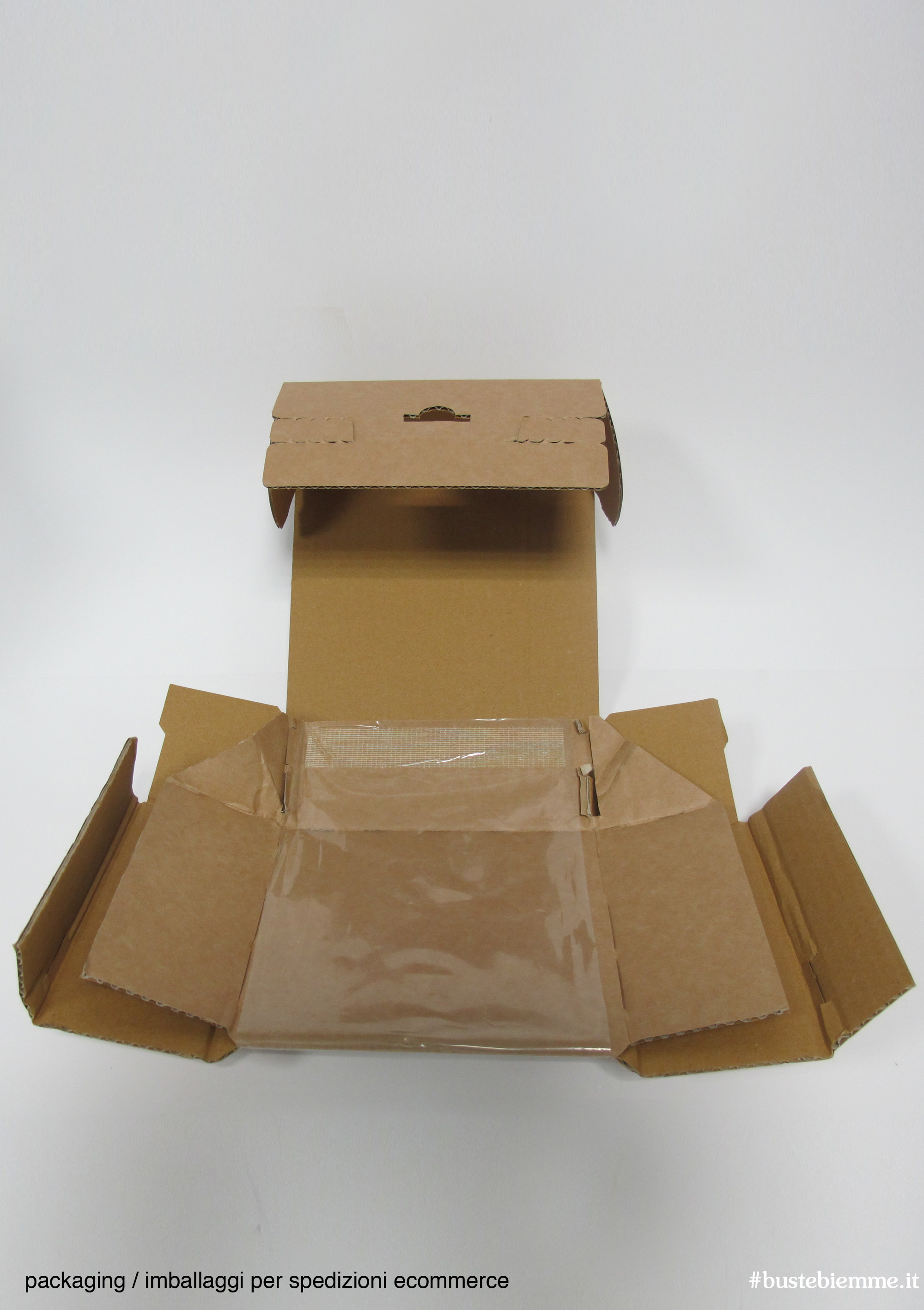imballaggi specifici per spedizioni e-commerce con tasca interna