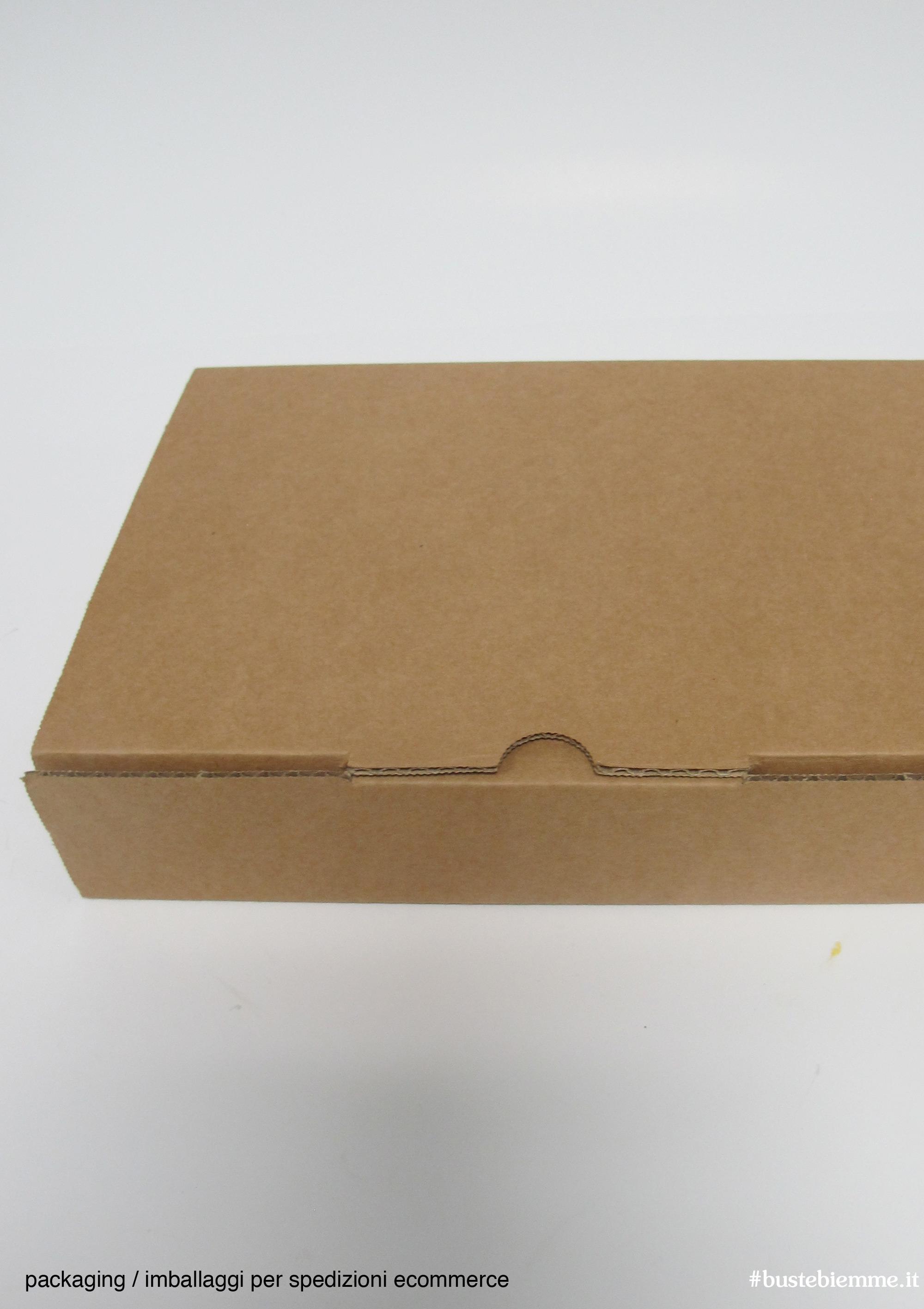 imballaggi specifici e rinforzati per spedizioni e-commerce