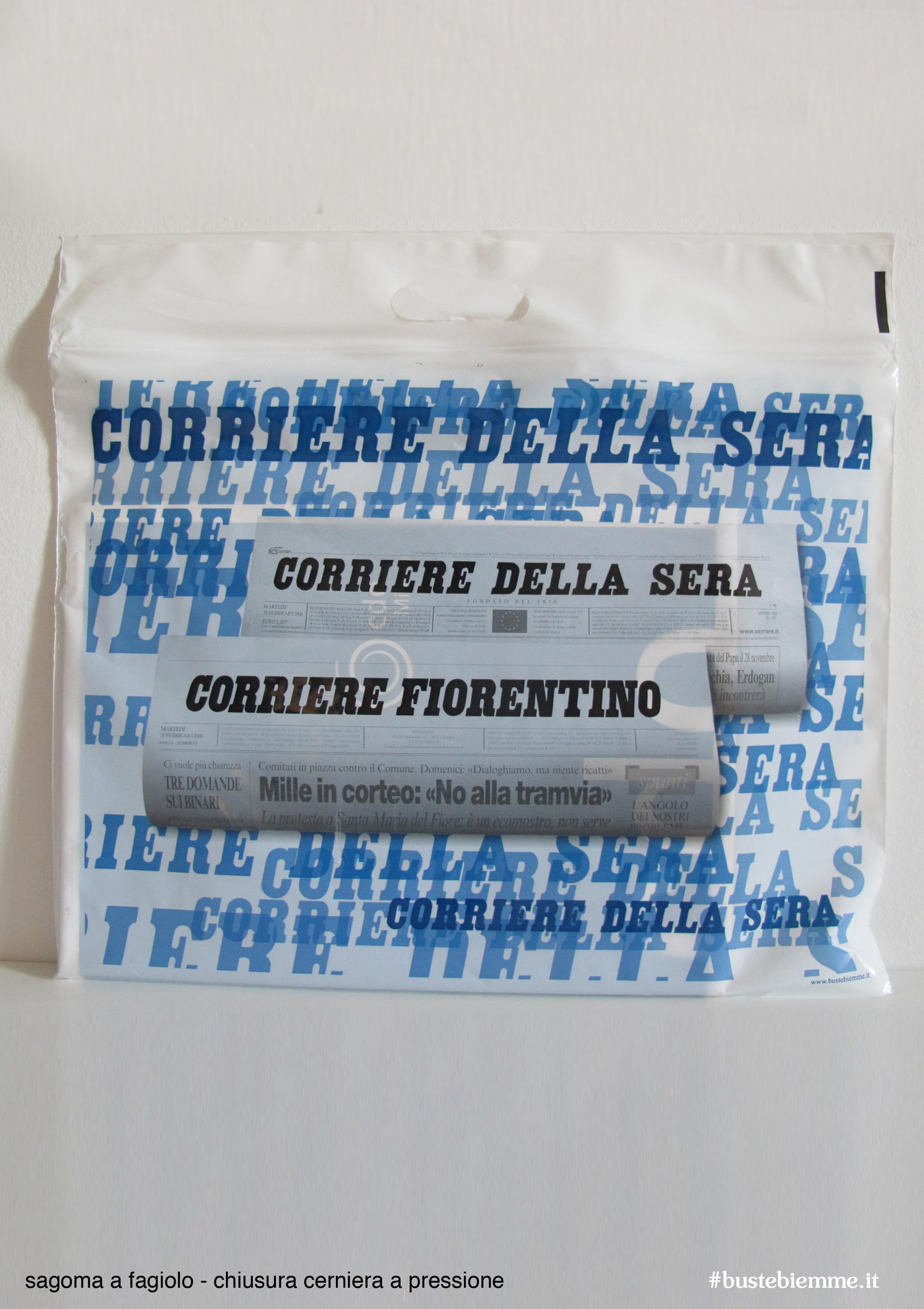 sacchetto in plastica personalizzato con chiusura a pressione e maniglia fustellata