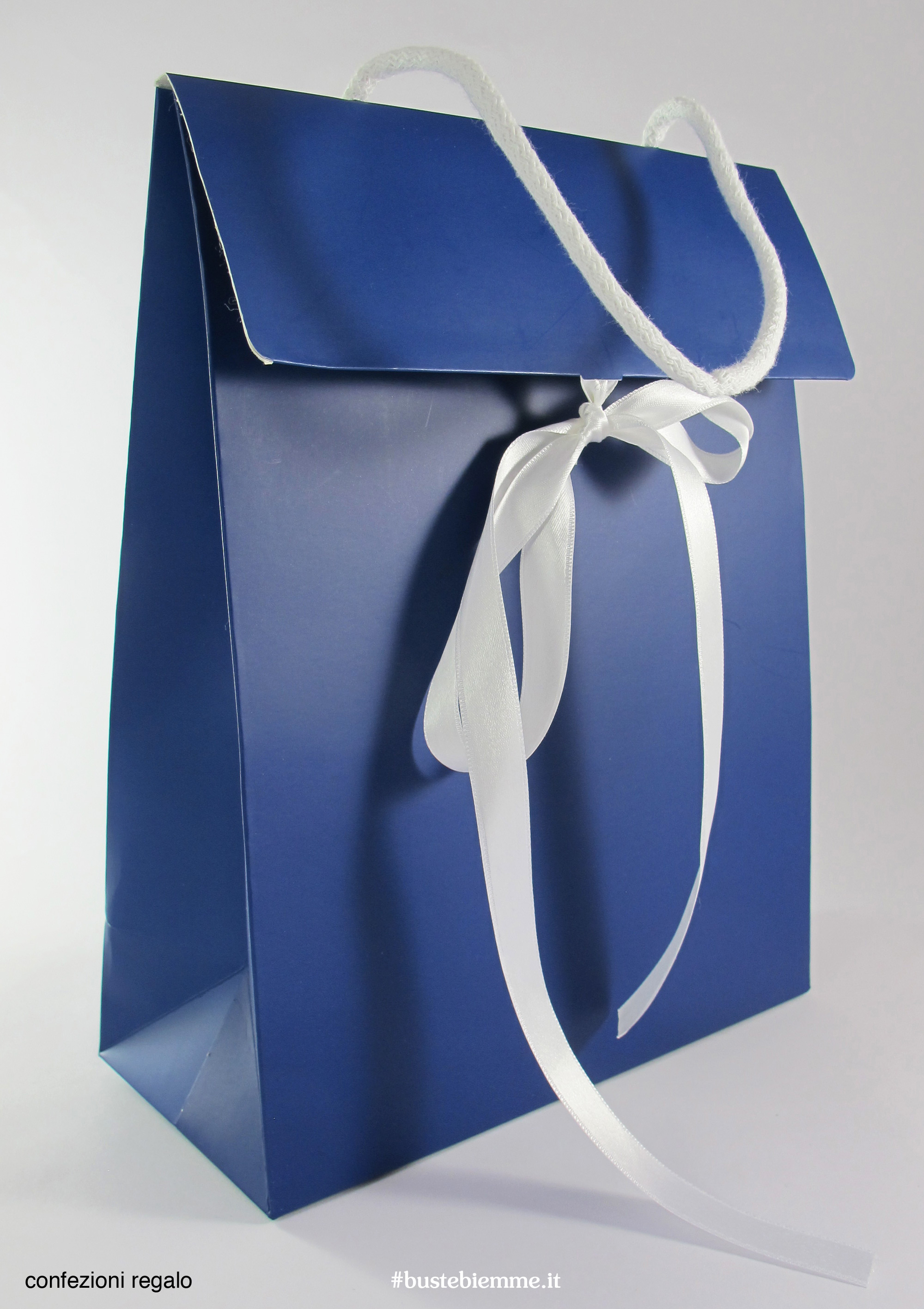 confezione regalo a forma di shopping bag da personalizzare